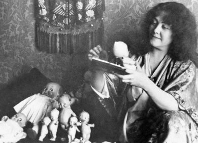 Rose with her Kewpies